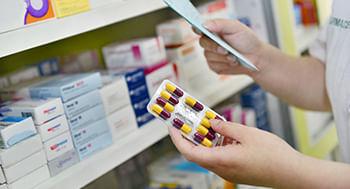 Orientacoes-para-a-dispensacao-de-medicamentos-em-Drogarias