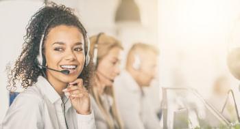 De-Contact-Center-a-Hub-de-Experiencia